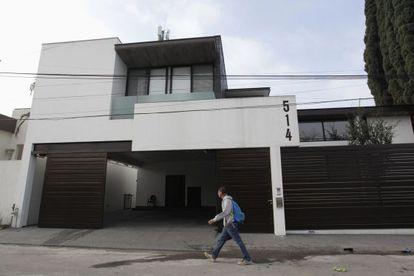 Fachada da casa do Z-42, no México.