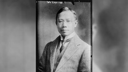O doutor Wu Lien-teh, em uma fotografia tirada entre 1910-1915.