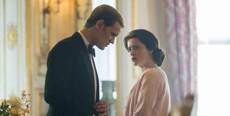 Claire Foy e Matt Smith em uma cena de 'The Crown'.