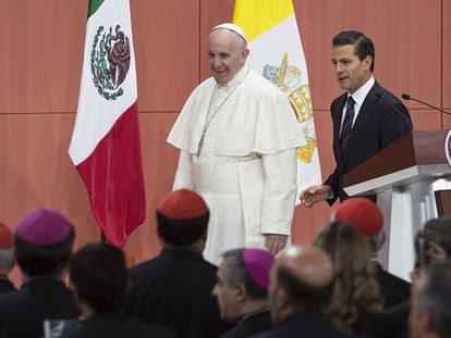 Peña Neto recebe o papa Francisco.