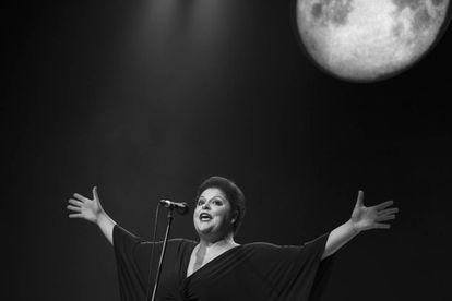 Em espetáculo que estreou em 2016, Fabiana Cozza interpreta o grande artista cubano Bola de Nieve: homem, negro e gay
