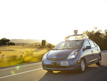 Um estudo descobre grandes contradições morais que podem retardar o uso dos carros autônomos