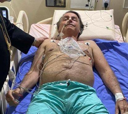 Presidente Jair Bolsonaro no Hospital das Forças Armadas em Brasília.