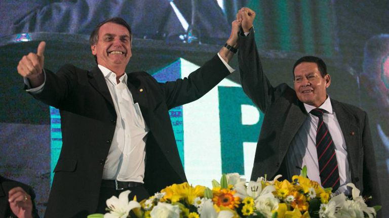 Bolsonaro e o general Hamilton Mourão, candidato a vice-presidente.