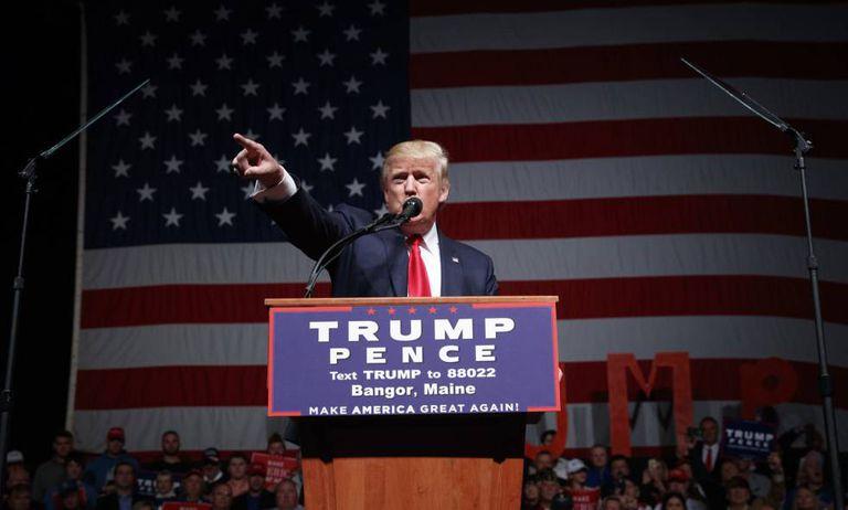 Donald Trump discursa em Bangor, Maine.