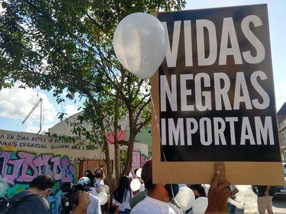 Ato contra o genocídio da população negra e a morte de Guilherme Guedes, 15 anos, em junho de 2020.