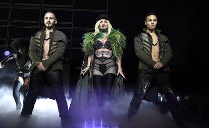 Britney Spears em um show durante sua turnê de verão 'Piece of me' em Maryland, Estados Unidos, em 12 de julho.