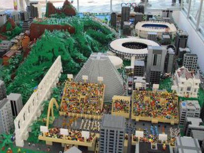 Fabricante e o Governo dinamarquês presenteiam o Rio com uma grande maquete da cidade de quase um milhão de peças