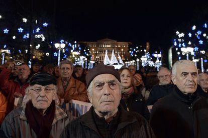 Protesto de aposentados, na quarta-feira, em Atenas.