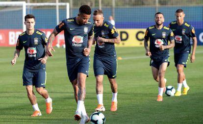 Treinamento da seleção brasileira masculina.