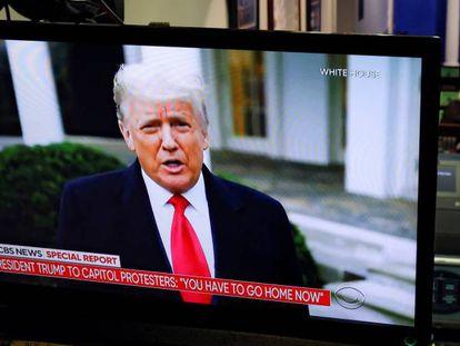 O presidente Donald Trump se dirige a seus apoiadores após o ataque ao Capitólio.