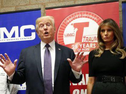 Presidente visita vítimas do ataque enquanto a Casa Branca tenta silenciar o debate sobre armas