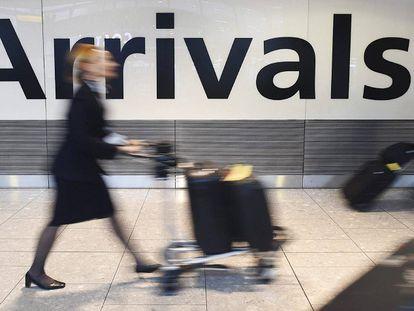 Quando comprar a passagem de avião mais barata? Este algoritmo te avisa