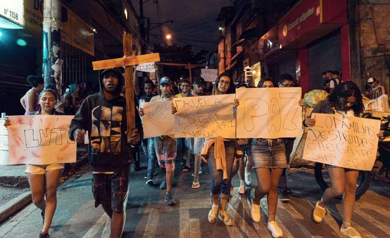 Moradores de Paraisópolis protestam no domingo contra morte de jovens no Baile da 17
