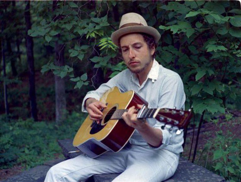 Bob Dylan, em sua casa em Woodstock, no final dos anos sessenta.