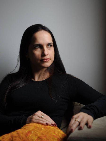 Paula Fontenelle, jornalista, psicanalista e escritora.