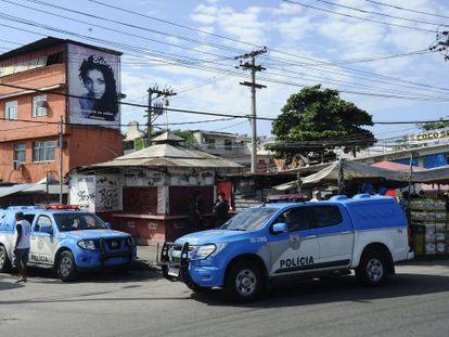 Policiamento na Favela da Maré, no Rio de Janeiro, em maio deste ano.