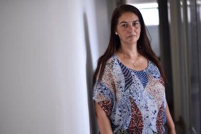 Natália de Oliveira  participa semanalmente de uma reunião com os bombeiros para se atualizar sobre as buscas e espera ansiosamente o dia em que receberá a notícia que o corpo da irmã Lecilda foi encontrado.