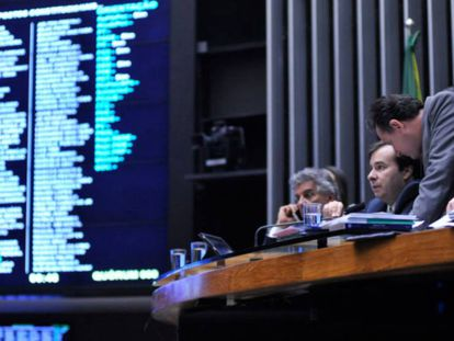 Sessão da Câmara que aprovou em primeiro turno a PEC 241.