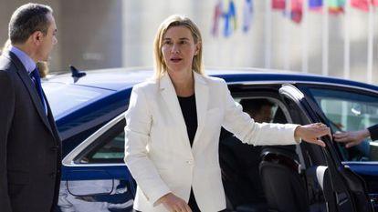 A alta representante para política externa da UE, Federica Mogherini, nesta segunda-feira em Luxemburgo.
