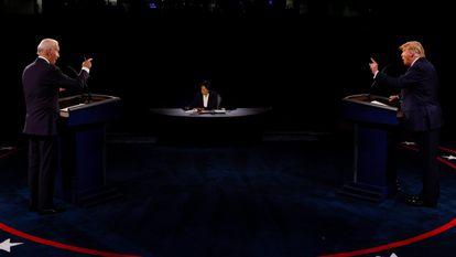 Biden e Trump num momento do debate.