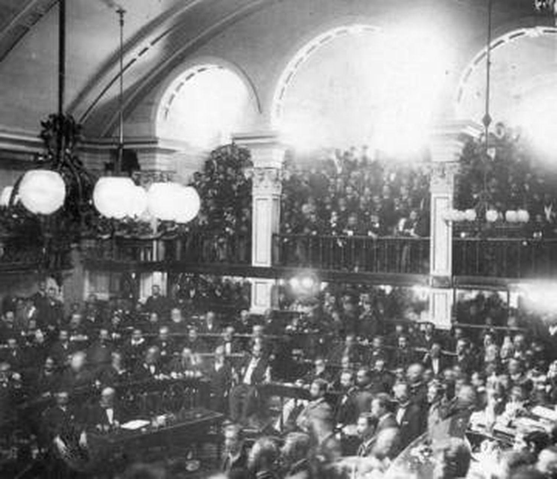 A sessão do Senado que aprovou a Lei Áurea.