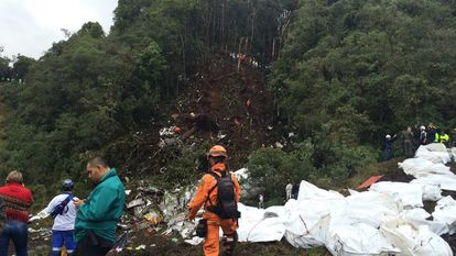 Local onde o avião da Chapecoense caiu, nos arredores de Medellín.