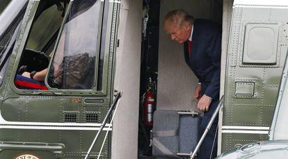 Trump durante sua breve visita à Casa Branca na segunda-feira