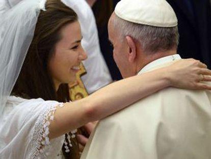 """Papa: """"Os divorciados não estão excomungados, fazem parte da Igreja"""""""