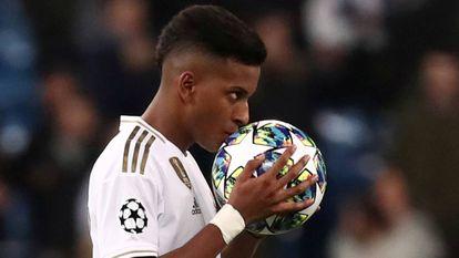 O Real Madrid, de Rodrygo, se classificou em segundo lugar.