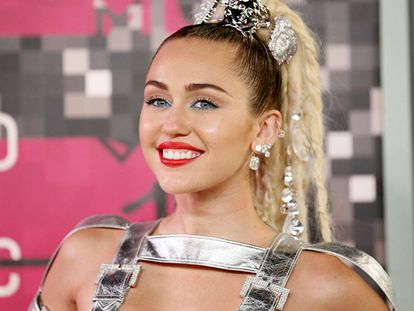 A atriz e cantora Miley Cirus.