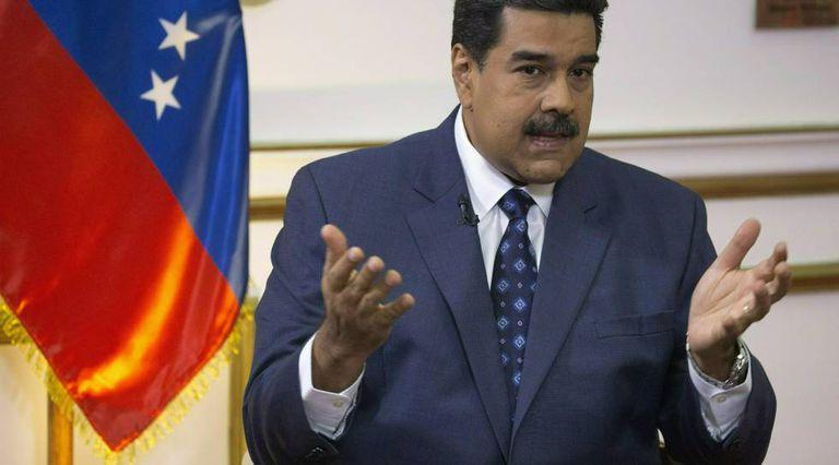 Nicolas Maduro fala à TV.