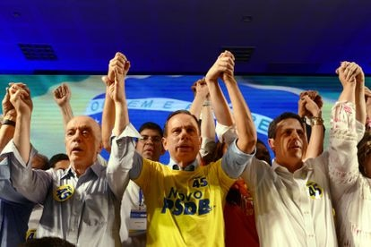 José Serra, João Doria e Bruno Araújo —presidente da sigla— durante a 15ª convenção do PSDB, em maio de 2019.