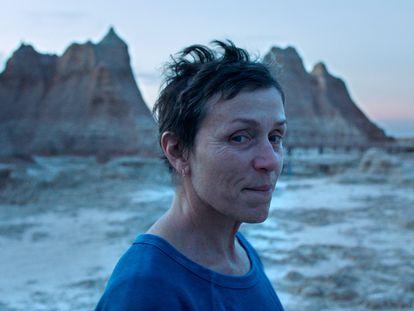 Frances McDormand, em cena de 'Nomadland', de Chloe Zhao.