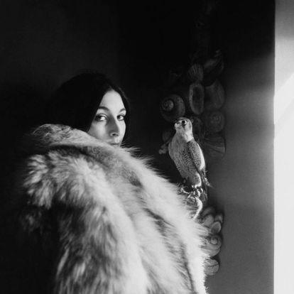 Anjelica Huston fotografada por Arnaud de Rosnay em 1968 para a 'Vogue'.