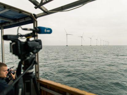 Infraestrutura eólica 'offshore' na Dinamarca.