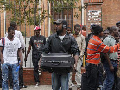 Haitianos recebem abrigo na Igreja Nossa Senhora da Paz, em São Paulo.