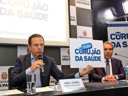 João Doria em coletiva em que comemorou o fim da fila de exames.