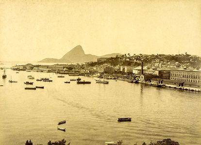 Porto do Rio de Janeiro no fim do século XIX: doenças chegavam do exterior a bordo de navios.