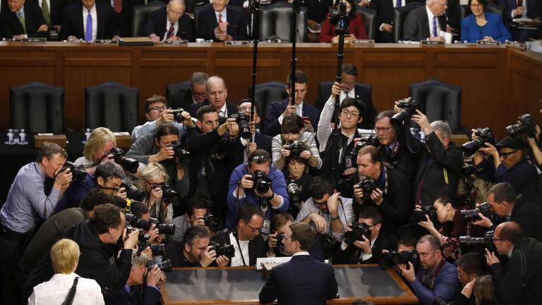 Mark Zuckerberg antes de comparecer a uma audiência no Senado.