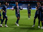Lisbon (Portugal), 18/08/2020.- Paris Saint Germain's Juan Bernat (R) celebrates with his teamates after scoring a goal during the UEFA Champions League semi final match between Leipzig and Paris Saint-Germain held at Luz Stadium in Lisbon, Portugal, 18 August 2020. (Liga de Campeones, Lisboa) EFE/EPA/JOSE SENA GOULAO