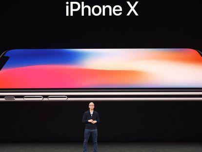 Tim Cook, CEO da Apple, apresenta o novo iPhone 8.