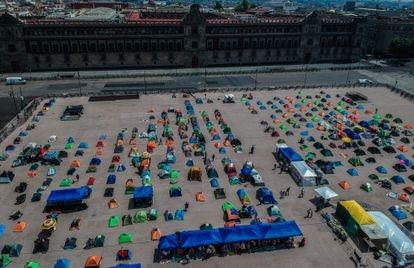 Aspecto do acampamento da FRENA instalado na principal praça da cidade do México, o Zócalo, em outubro de 2020.