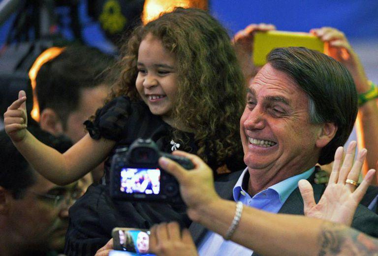 Jair Bolsonaro lançou sua candidatura à Presidência da República neste domingo no Rio de Janeiro.