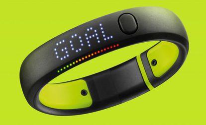 A pulseira da Nike.
