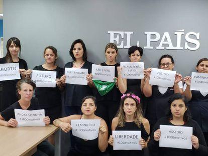 Parte da equipe feminina que forma o EL PAÍS Brasil, na redação em São Paulo.