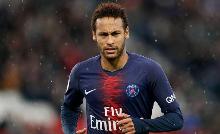 Neymar em 4 de maio, em campo pelo Campeonato Francês.