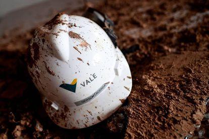 Imagem de um capacete da Vale tirada 20 dias após a tragédia na mina Córrego do Feijão.