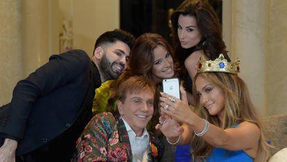 Osmel Sousa, Jennifer Lopez e outros em Miami em 2013