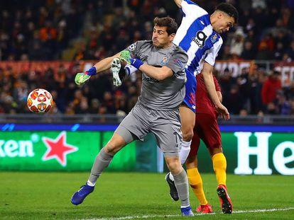 Casillas e Pepe durante o jogo contra a Roma na Champions League.